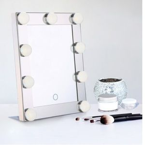 Other - Hollywood lighted makeup mirror